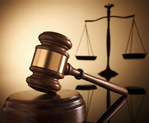 Dossier de divorce 092015 : Amazone Bénie contre MonsieurManip.